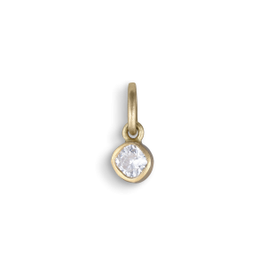 Cushion shaped pendant, 18 karat gull, 0,12 karat. diamant.