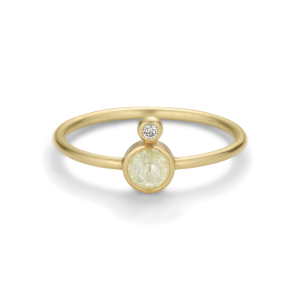Ring, rose-cut diamond and 0.02 ct. brilliant, 18 carat gold