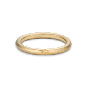 Star engraved ring, 18-carat gold