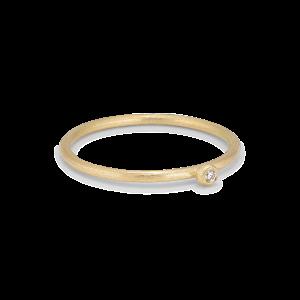 Princess ring, 18 karat guld, 0.01 ct diamant, kulmontering