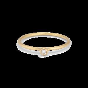Princess ring, 18 karat gull, 0.05 ct diamant, kulefeste
